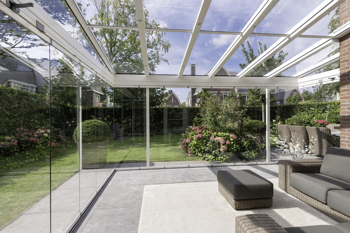 Read more about the article Vorzugsdächer   Glasdächer statt Kunststoff-Lamellen